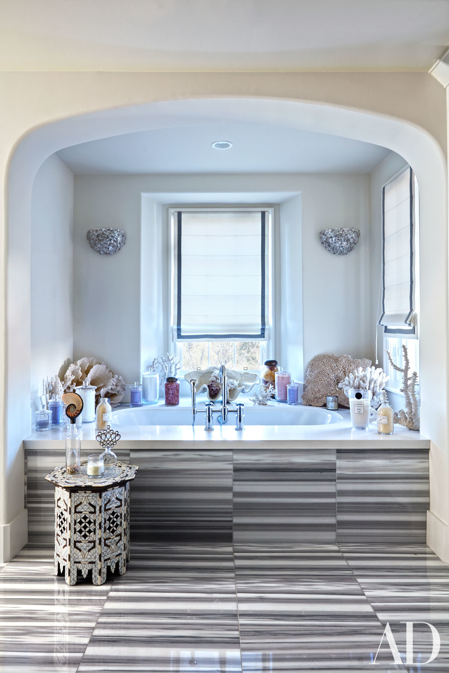 khloe kardashian house interior. khloe Kardashian s reading nook features an arched doorway and is filled  with moroccan notes a style bench triangular star shaped Inside kardashian House Glamorous Moroccan Notes SO