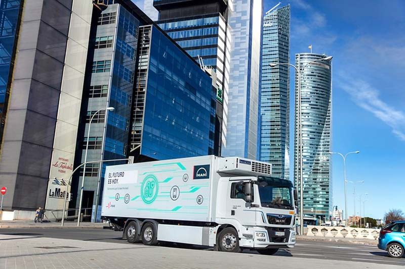 man-camion-electrico-pruebas-madrid1_torres2
