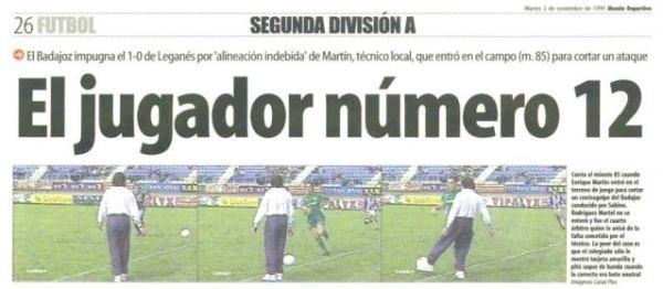 Recorte del diario 'Mundo Deportivo' recogiendo la anécdota de 'la patadita'