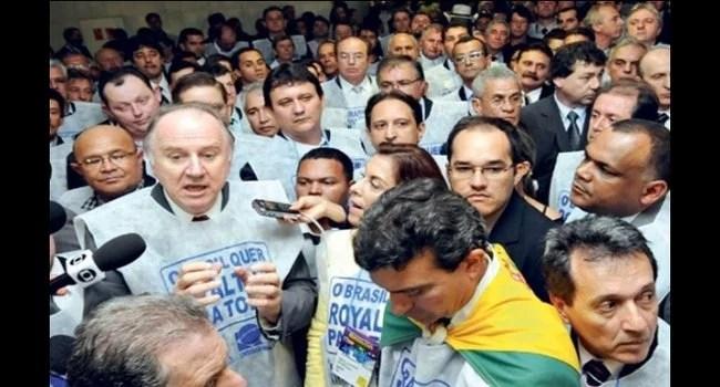 Protestos entre prefeitos brasília crise financeira