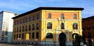 Edificio de Correos de Palencia en la Plaza de León