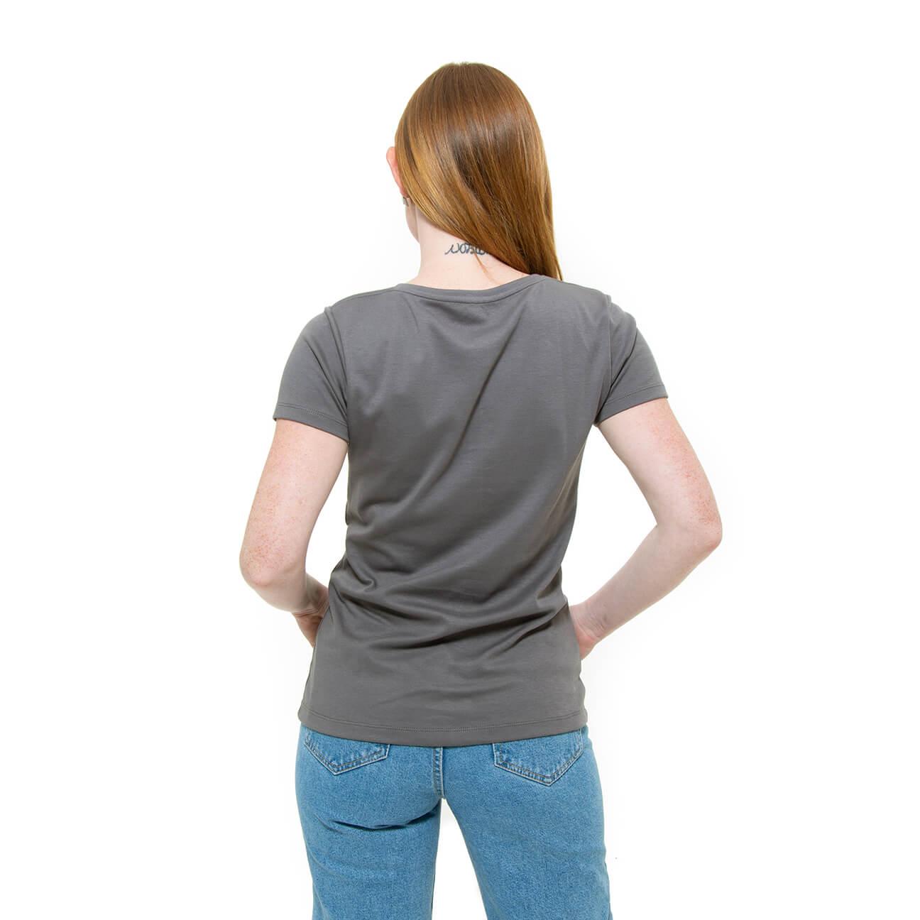Franela basica gris cuello redondo damas espalda