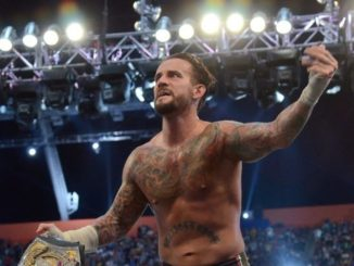 CM Punk signs a new deal with WWE