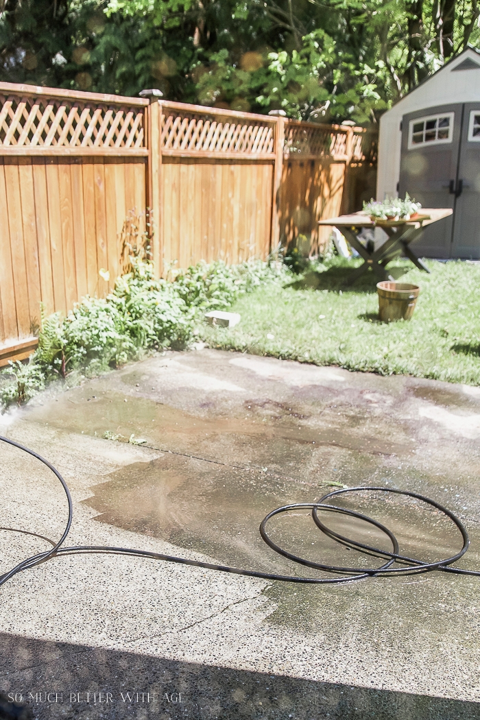 outdoor rug on patio concrete slab