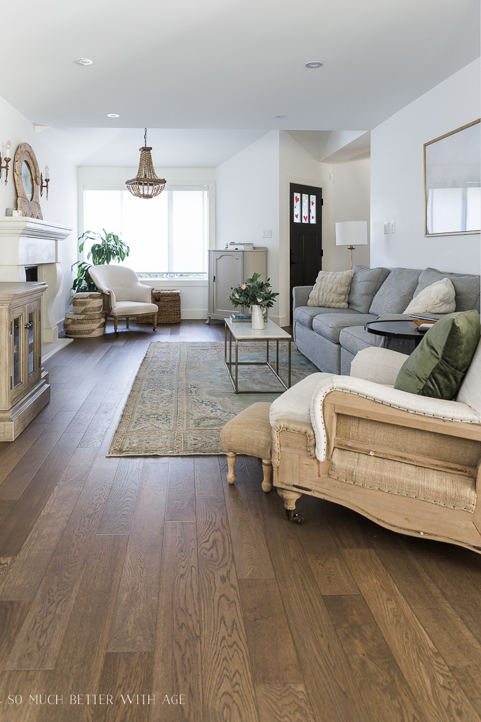 How To Decorate A Long Narrow Living Room So Much Better With Age