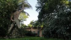 Hotel Statue - Hinche