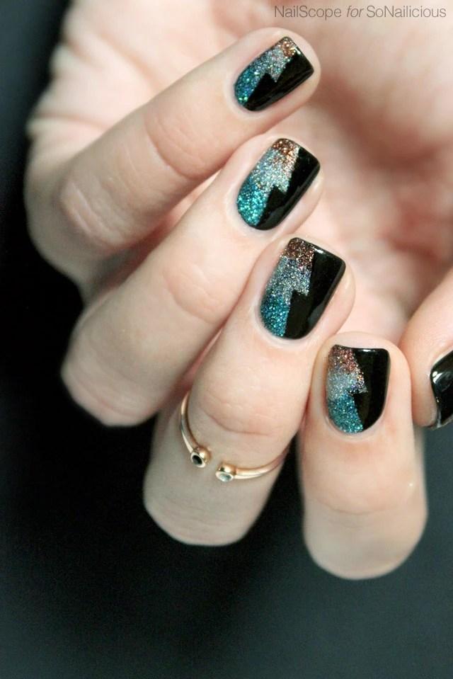 Winter Gel Nail Art Blue