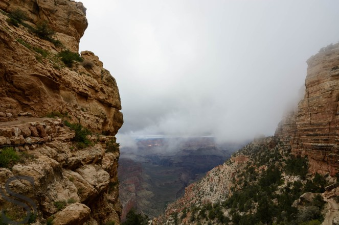 First unexpected look of the Grand Canyon