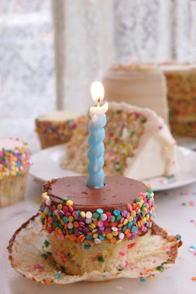 confetti-with-birthday-candle