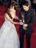 1606 Song Hye Kyo and Song Joong Ki - Baeksang Art Awards(2)