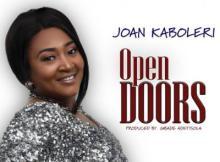 MP3 : Joan Kaboleri - Open Doors