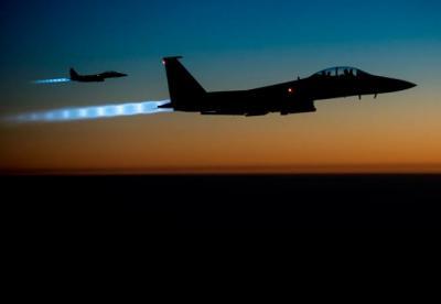 Saudi-led Coalition Intensifies Yemen Air Strikes, Hits Grains Port