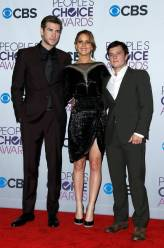 Hunger Games Cast - PCA -2013 -Press-Room- 013