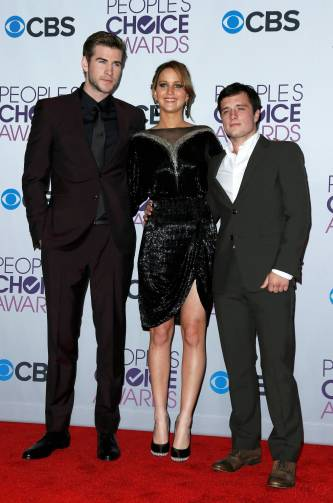 Hunger Games Cast - PCA -2013 -Press-Room- 013