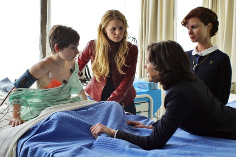 Once Upon A Time Saison 1 Episode 22 - Le véritable amour 011