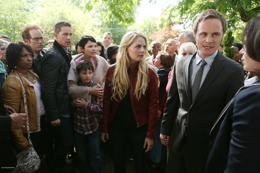 Once Upon A Time Saison 2 Episode N°1 - Broken (Brise) 007