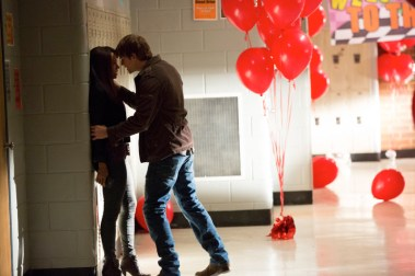 TVD 4x12 A View to a Kill - Bonnie&Kol