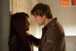 TVD 4x12 A View to a Kill - Bonnie et Kol