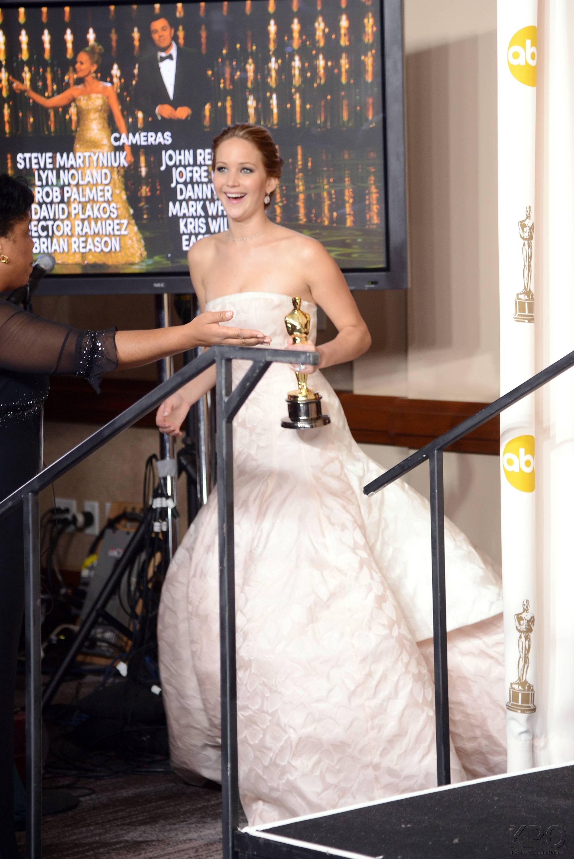 Jennifer Lawrence - L'Après Oscar - La Press Room 020