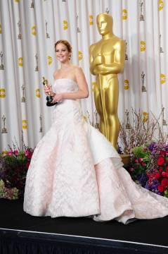 Jennifer Lawrence - L'Après Oscar - La Press Room 029