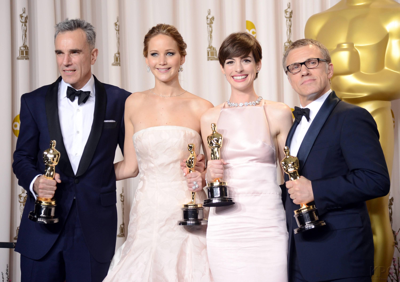 Jennifer Lawrence - L'Après Oscar - La Press Room 040