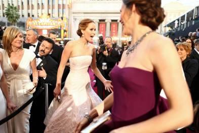 Jennifer Lawrence - Le Red Carpet de la 85eme Cérémonie des Oscars 022