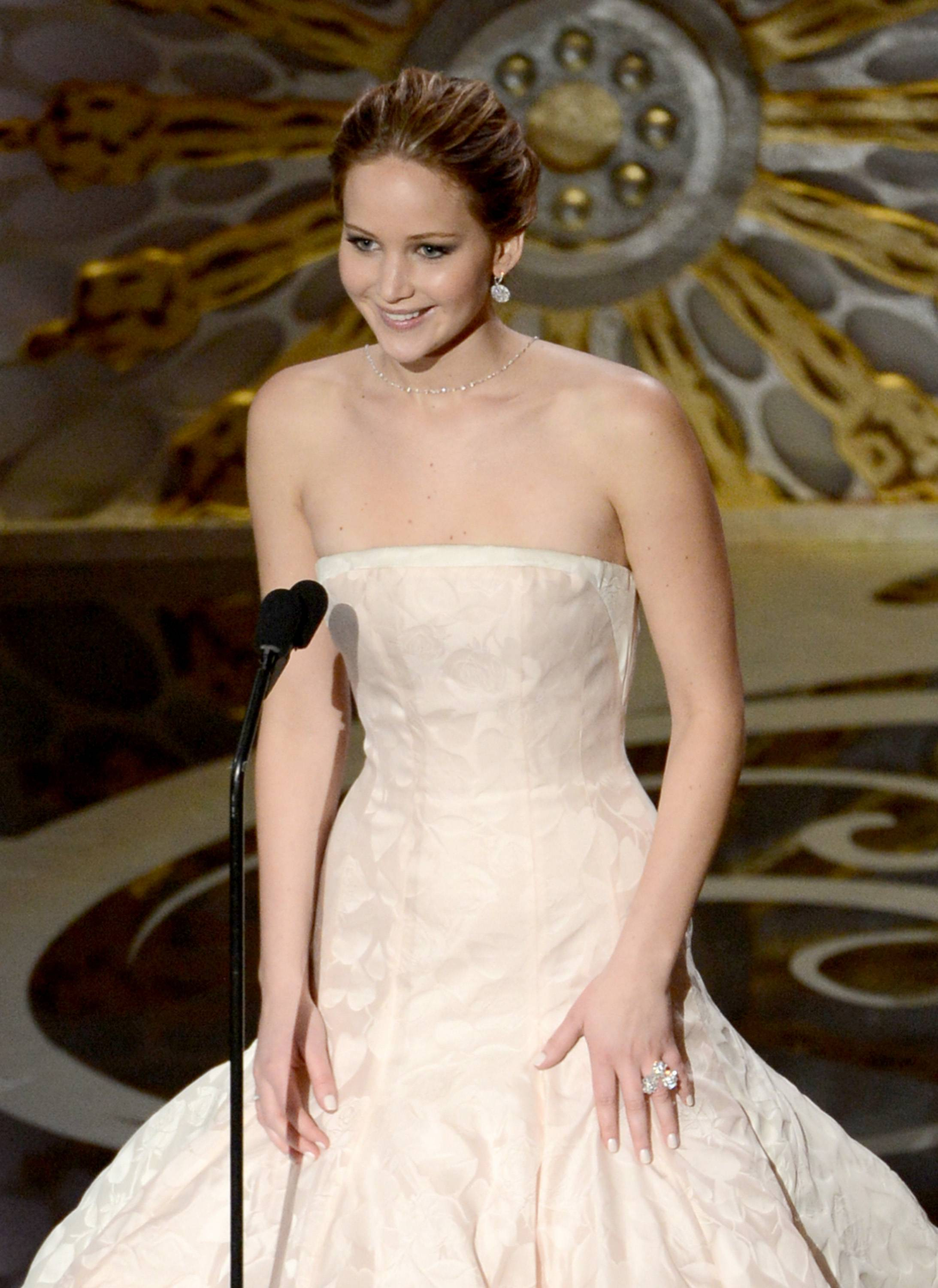 Jennifer Lawrence - Meilleure Actrice Pour Hapiness Therapy 003