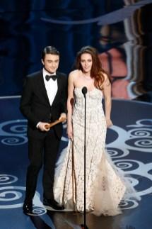 Kristen Stewart à la 85eme cérémonie des Oscars -La Remise des Oscars 04