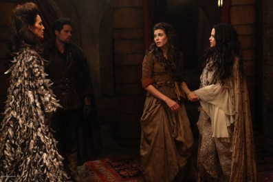 Once Upon A Time Saison 2 - Fiche Episode N°7 - Child Of The Moon - Les Enfants de la Lune 012