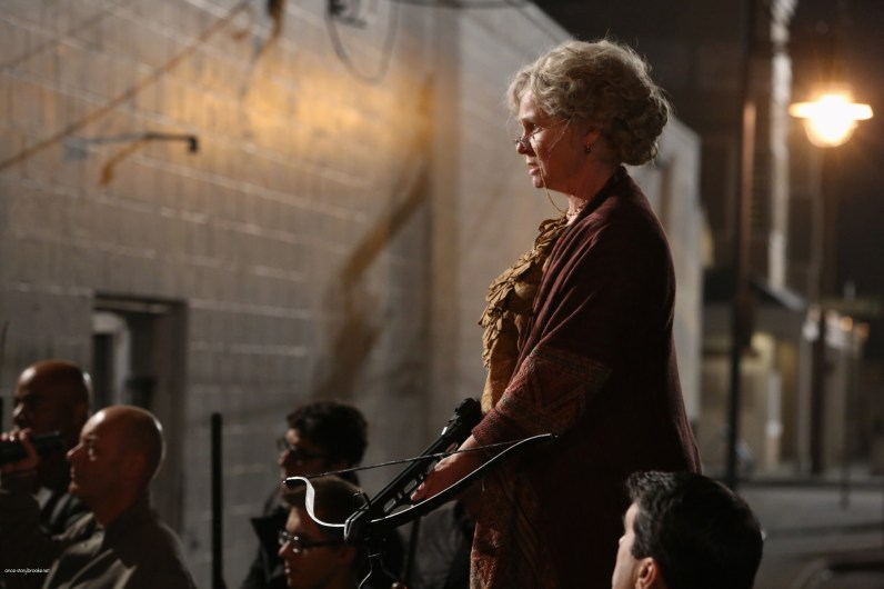 Once Upon A Time Saison 2 - Fiche Episode N°7 - Child Of The Moon - Les Enfants de la Lune 025