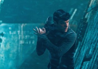Zachary Quinto -SPock ST