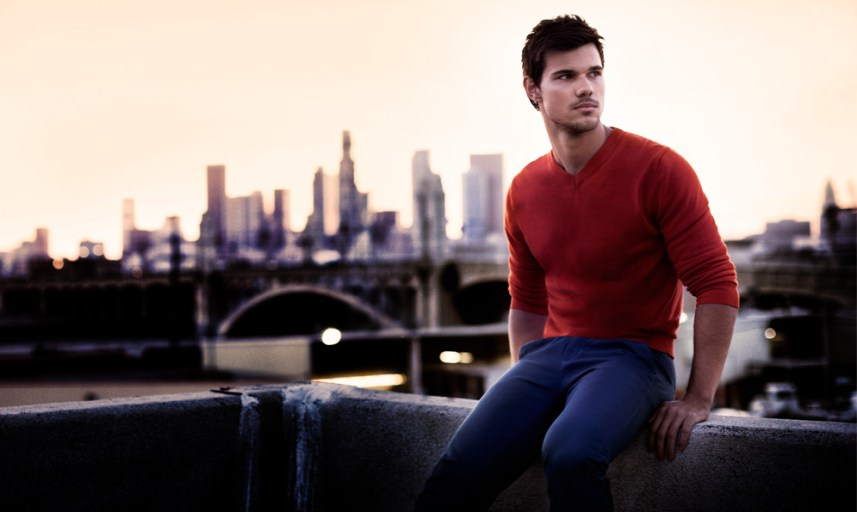 Taylor Lautner pour Bench 04