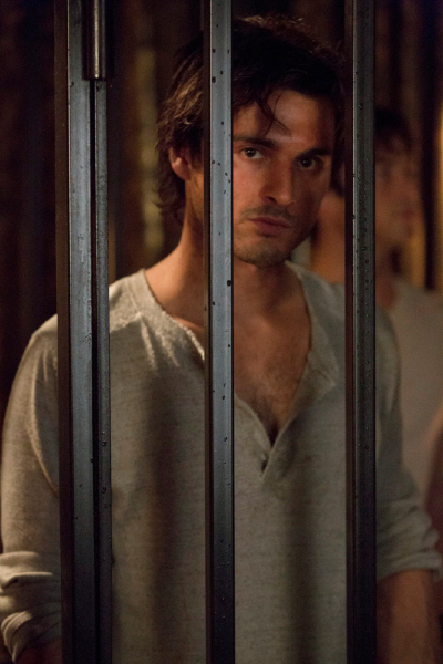 TVD 5x09 The Cell - Enzo