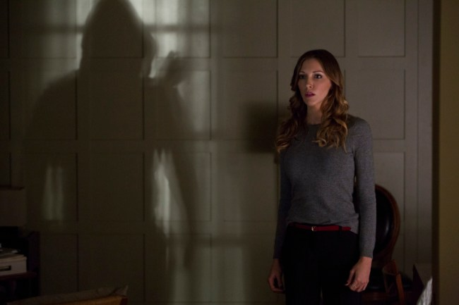 Arrow - S02E11 - Stills