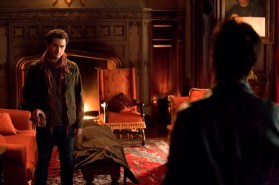 TVD 5x12 The Devil Inside - Enzo & Damon