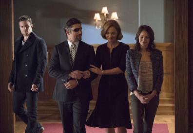 Arrow - S02E15 - Famille Queen et Slade