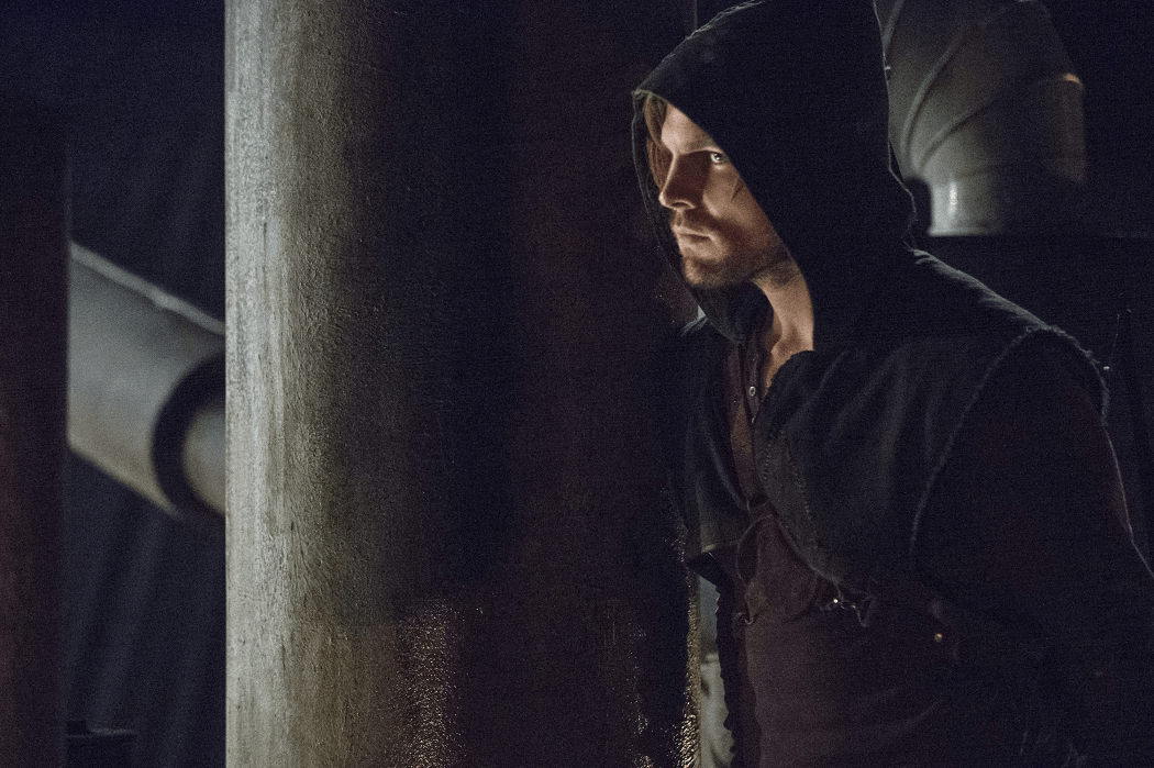 Arrow - S02E15 - Oliver Queen 1