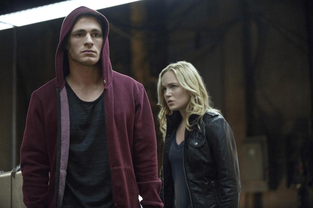 Arrow - S02E15 - Roy et Sara