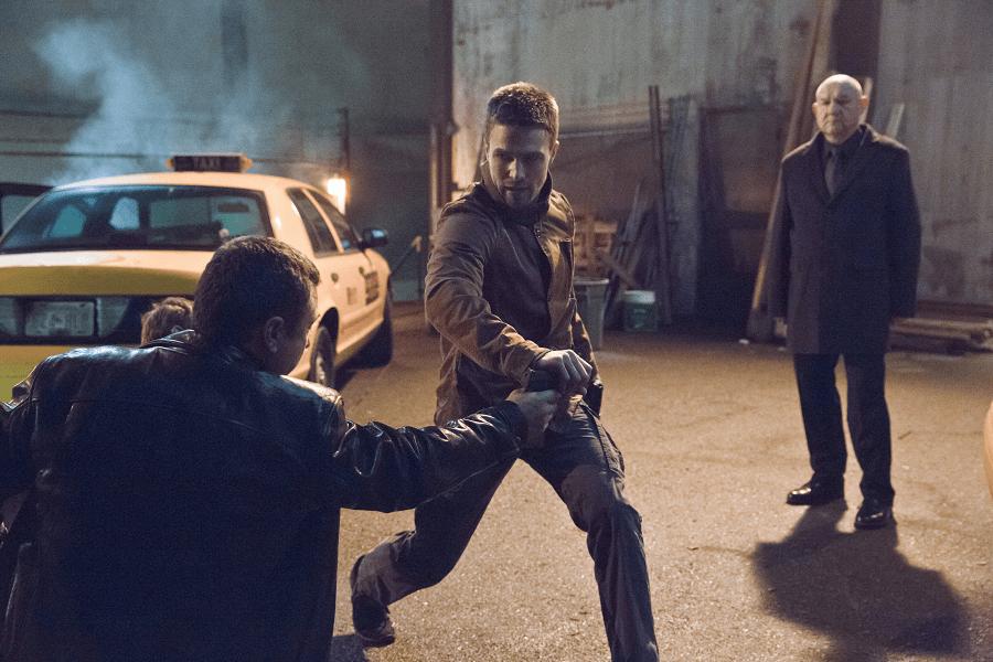 Arrow - S02E16 - Oliver Queen