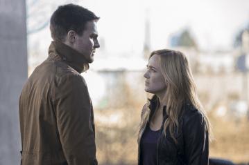 Arrow - S02E16 - Oliver Queen et Sara Lance