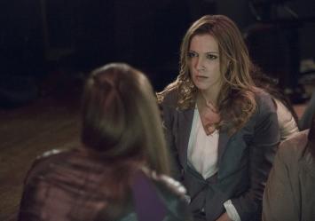 Arrow - S02E17 - Laurel et Helena