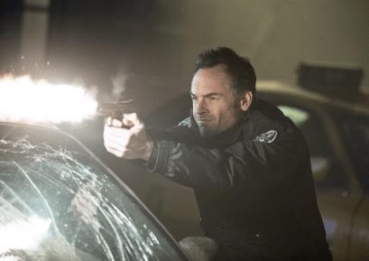 Arrow - S02E17 - Quentin Lance