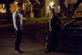 Veronica Mars - Stills 3 - Kristen Bell et Jason Dohring