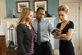 Veronica Mars - Stills 6 - Kristen Bell, Percy Daggs III et Tina Majorino