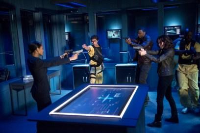 Arrow - S02E23 - Suicide Squad