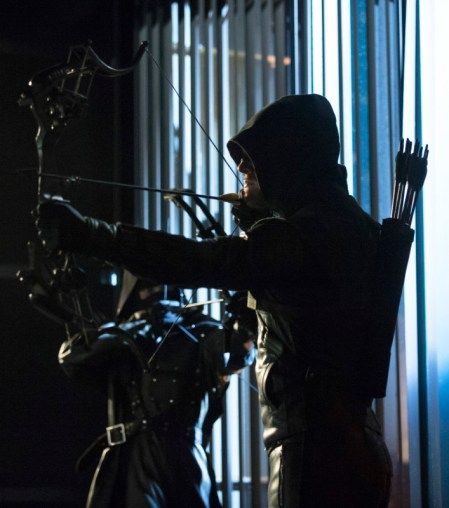 Arrow - S02E23 - Oliver Queen