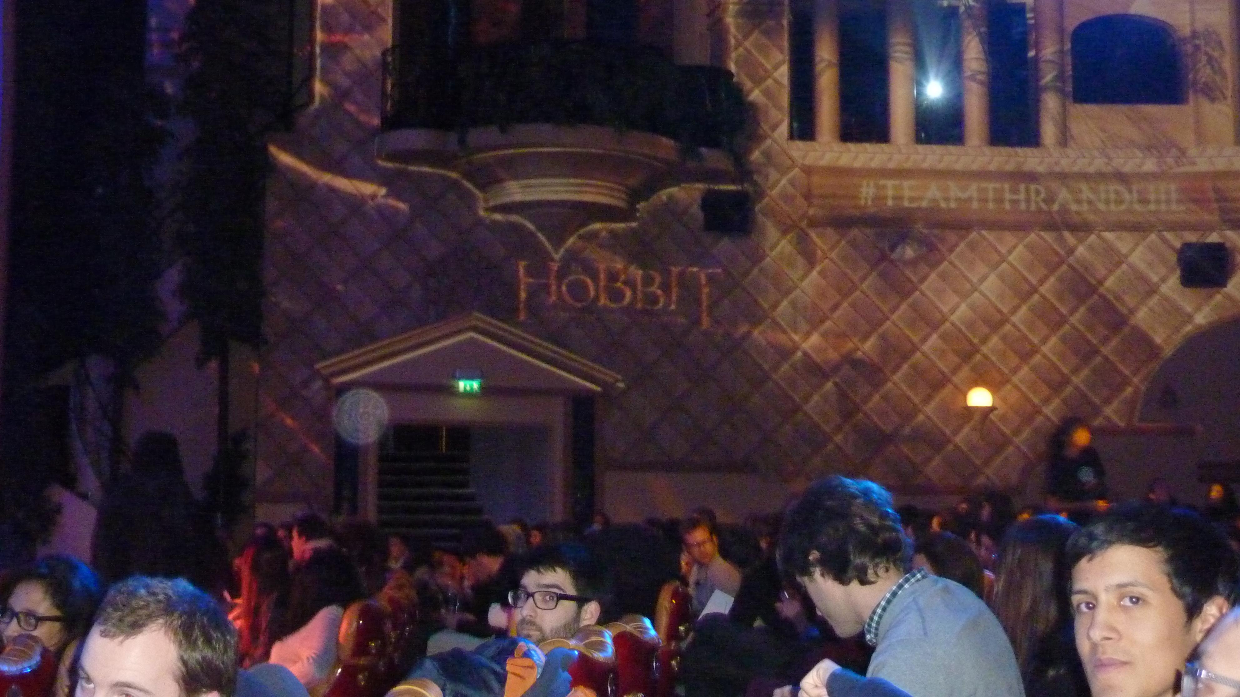 AVP Hobbit -4-12-2014-Gd Rex- 012