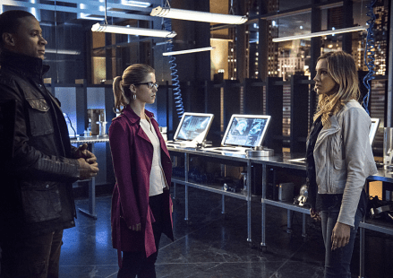 Arrow - S03E21 - Stills