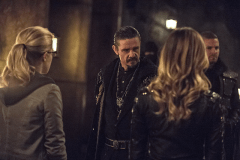 Arrow - S03E22 - Stills