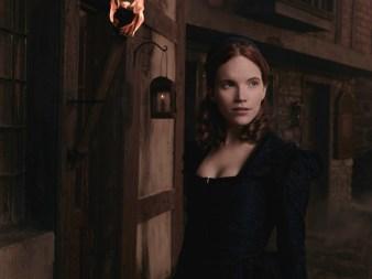 Salam saison 1 Anne Hale